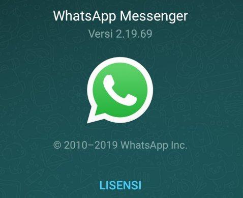 Periksa versi Whatsapp yang kamu gunakan